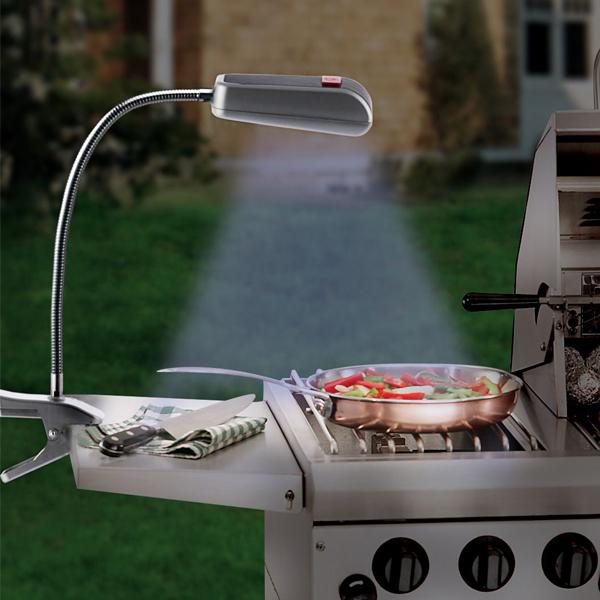 Image of   BBQ Grilllys med klemme (9 LED-pærer)
