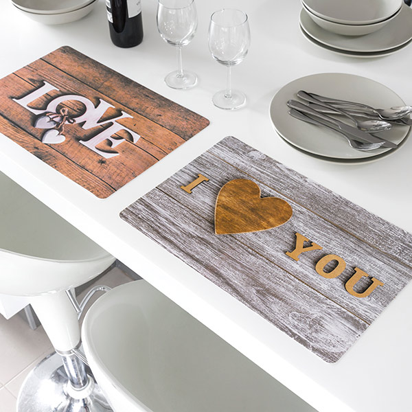Image of   Bordskåner Romantic Love