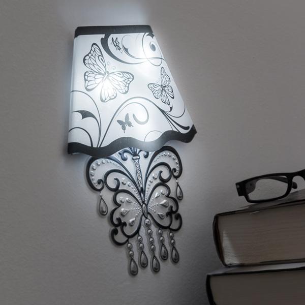 Image of   Wallsticker med LED Sommerfugl